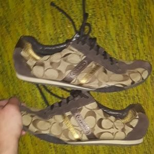 COACH Shoes very cute!! Size 8